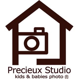 プレシュスタジオのロゴ