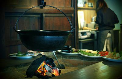 古民家宿LOOF - 非日常を演出し、和文化を体験できる宿として評価される
