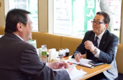 長崎ちゃんぽん リンガーハット - 月に1度、QSCから財務チェックまで店長とオーナーを徹底サポート!