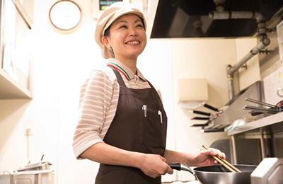 ゆであげ生パスタ ポポラマーマ - 飲食未経験でも安心!簡単調理と効率化したオペレーション