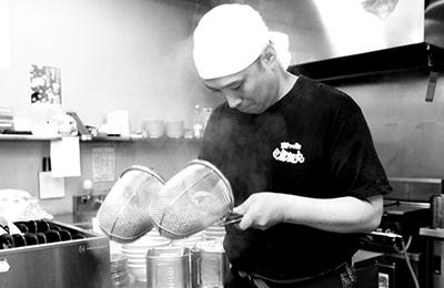 濃厚つけ麺 風雲丸 - 充実の事前研修と簡単オペレーションで未経験でも安心!