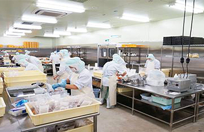 ライフデリ - 業界No.1のセントラルキッチン! 自慢の品質・食感・味わい