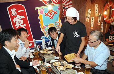 浜焼太郎 - 調理人不要の簡単オペレーション。ホール兼任でもシフトが回せる