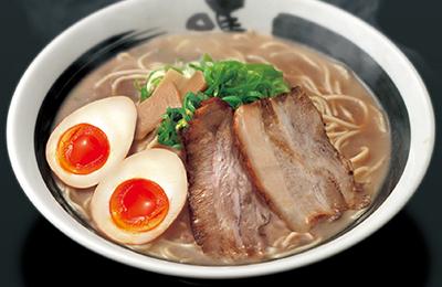 """豚骨鶏ガラ醤油らーめん「ばり馬」 - なんといってもらーめんは味!""""最強トロ炊きとんこつ鶏ガラ醤油""""スープ!"""