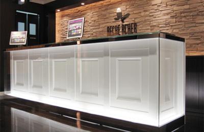 コミック・バスター - 高収益・シンプルな店舗オペレーションが魅力の複合カフェ