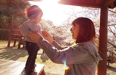 インターネット赤ちゃんポスト - 養子に出したい母と養子縁組を組みたい人のマッチング